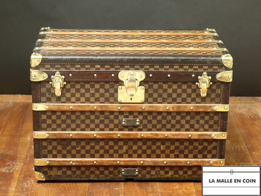 Louis Vuitton damier trunk 11