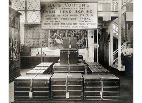 Louis-vuitton-old-luggages
