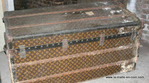 Transformer un cadavre en malle a chassures louis vuitton - Renovation malle ancienne ...