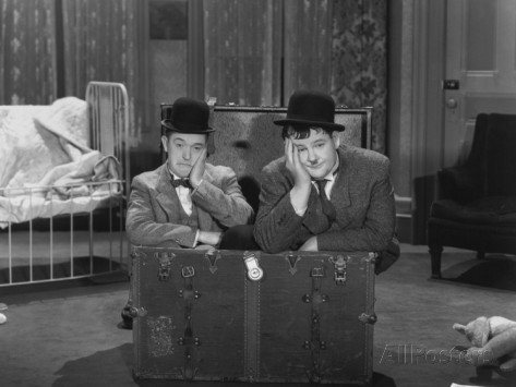 oliver-hardy-stan-laurel-pack-up-your-troubles-1932
