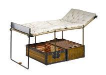 la malle en coin les magasins vuitton vuitton malles et histoire. Black Bedroom Furniture Sets. Home Design Ideas
