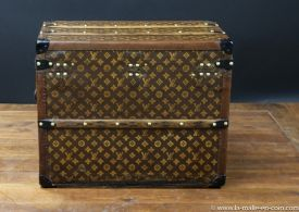 R2299  Malle  chassures monogram  Vuitton  arriere