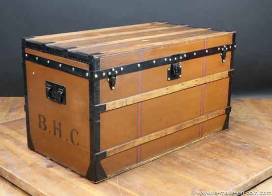 R2448 Malle Louis Vuitton en toile Marron , modèle courrier