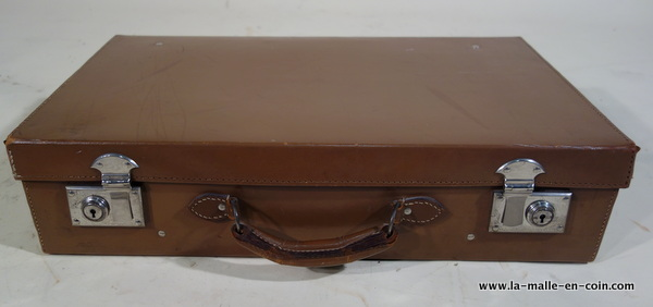 R2042 Leather suitcase