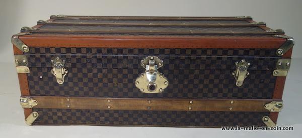 R1961 Unbranded damier cabin trunk