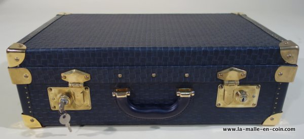 R1305 Attaché-case re-entoilé avec clef