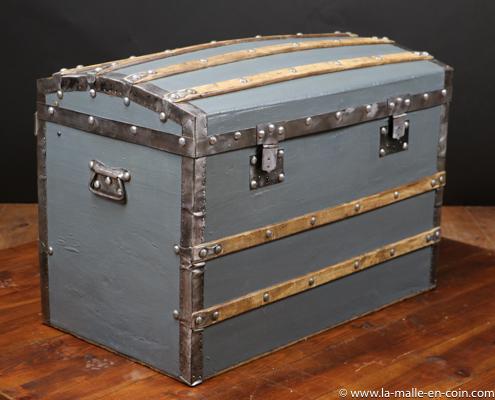 R2513 Malle bombée toile et bois