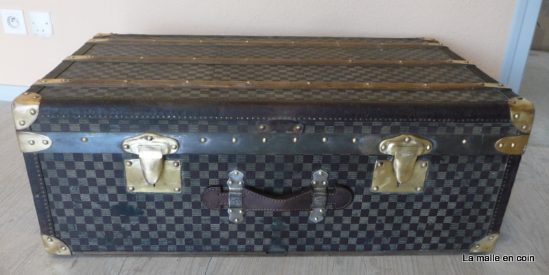 R491 Malle cabine damier Moynat