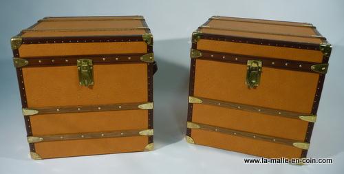 R1059 Paire de malles orange