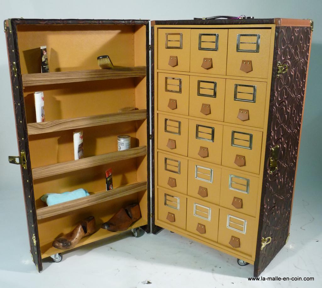 R1260 Malle pour collectionneur de souliers