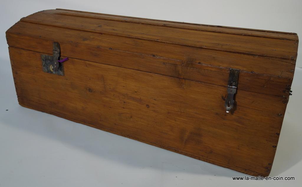 R990 Coffre en bois