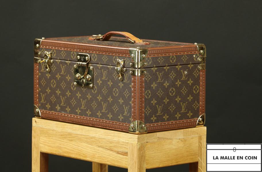 Vanity case sur selette en chêne - R2722