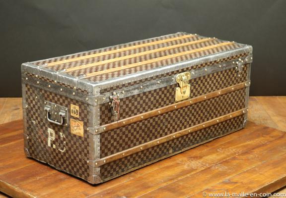R2570 Louis vuitton Damier Steamer trunk