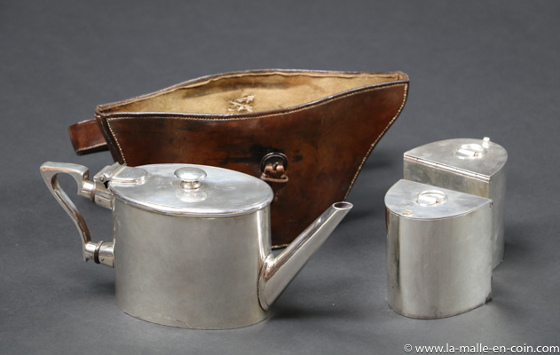 R2541 Leather container for teapot