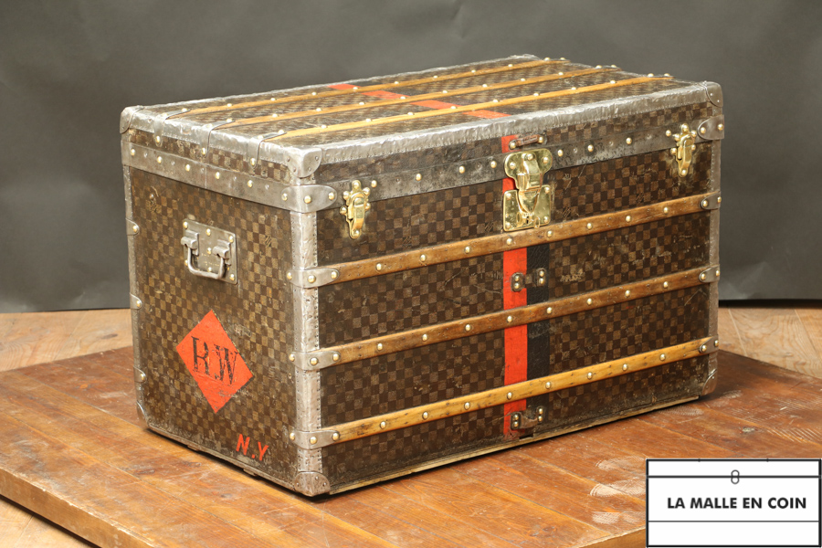 R2749  Malle courrier  damier Louis Vuitton