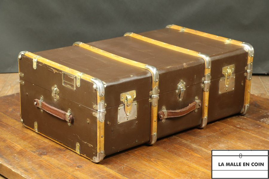 Curved cabin trunk   R1965