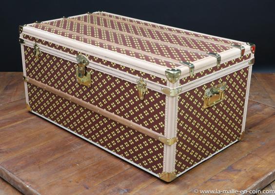 R2455 Monogram steamer trunk by