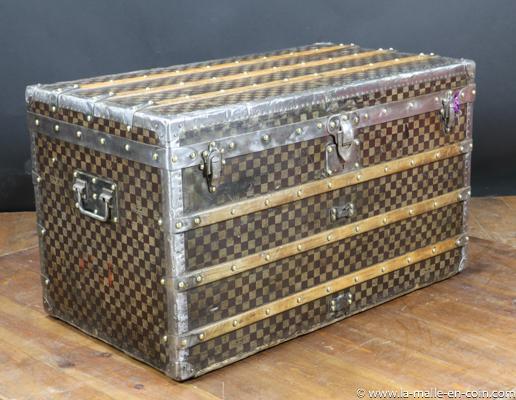 Malle courrier Louis Vuitton damier R2476