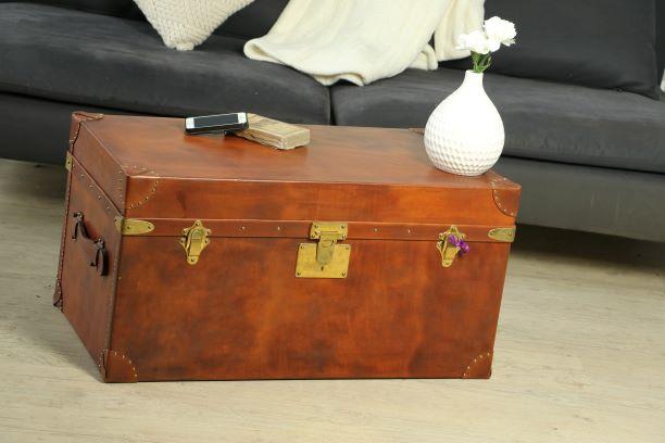 R1077 Malle cuir, laiton et clef