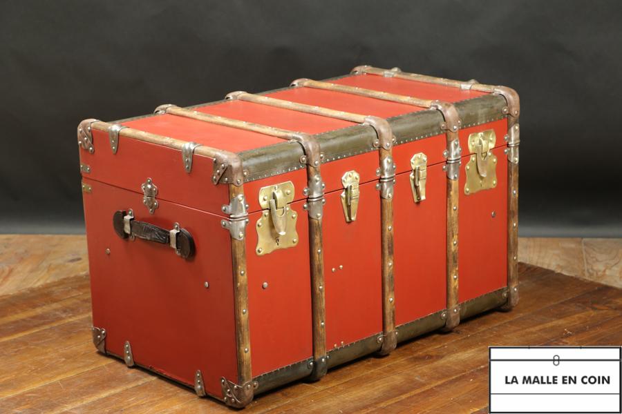 Malle courrier cintrée, rouge brique - notre ref.R2866