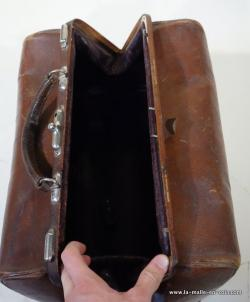 Leather Moynat  bag