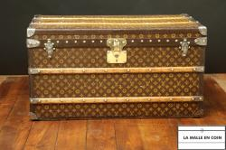 Malle_Louis_Vuitton_courrier_monogramme__e_pochoirs1__1532590803_596